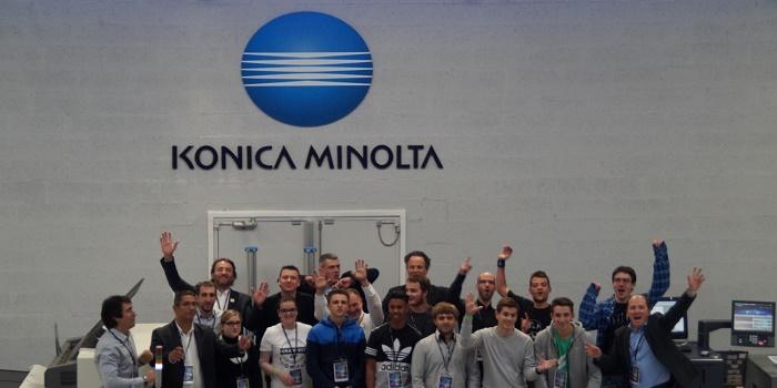 Journée d'entraînement au DIS de Konica Minolta – les finalistes et leurs coachs